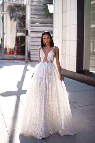 A&N Luxe Kaliah Gown - White Sequins 3D Floral Prom & Formal Gown