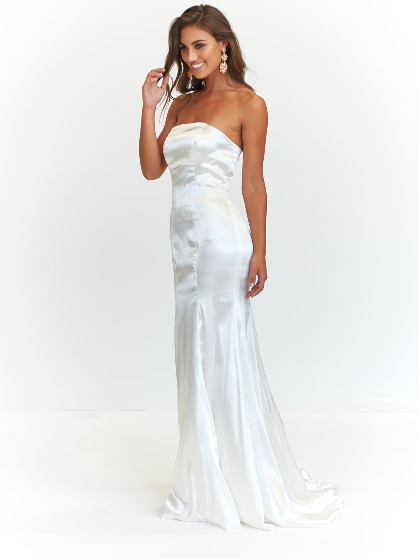 A&N Aino - White Satin Strapless Gown with Mermaid Train