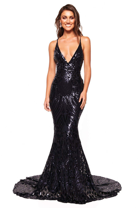 A&N Luxe Ashanti  Shimmering Lace Gown - Red