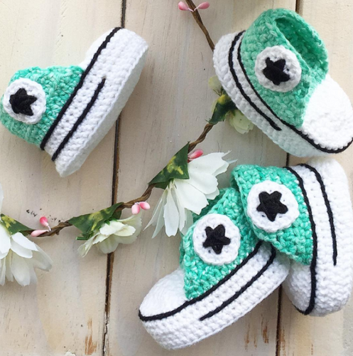 Crochet Baby Booties- MINT WITH WHITE SPECKS