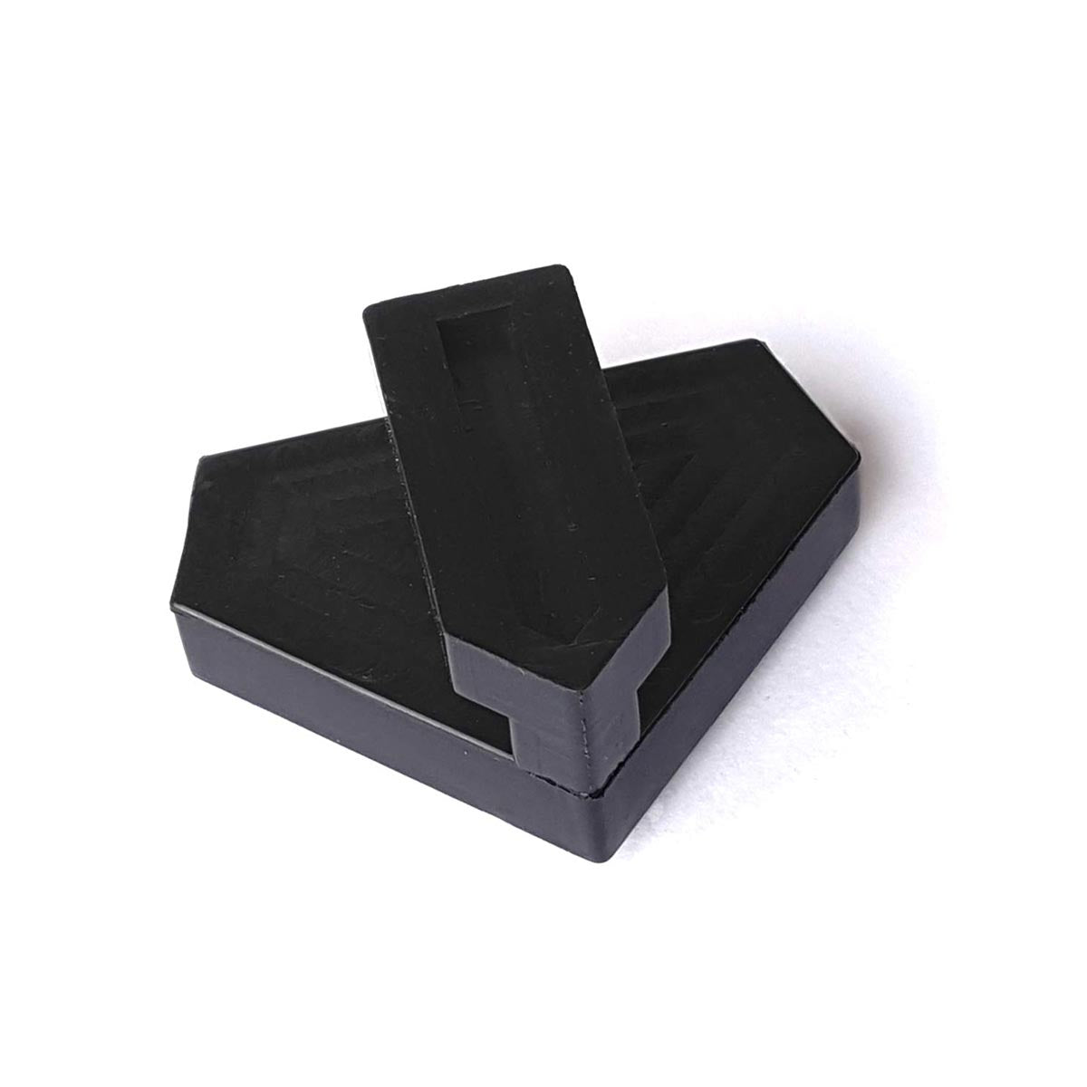 Black (hard) Tri Clamping Pad - Underpinner Spares