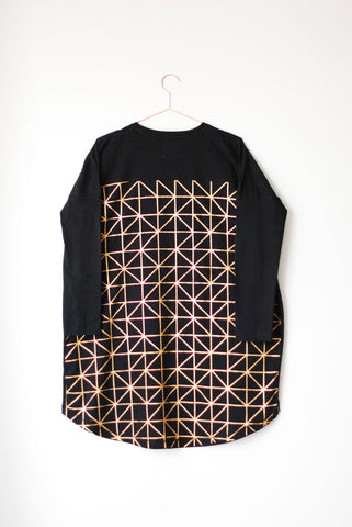 METALLIC GEOMETRY T-SHIRT