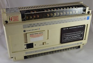 1745-LP153 AB PLC Allen Bradley 1745 20POINT DC IN 12POINT RELAY OUT 120VAC