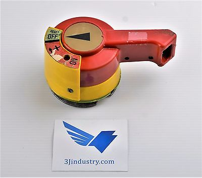 RH10-NA Klockner Moeller RH10 NA is an handle for nzm10 nzm11 series breaker