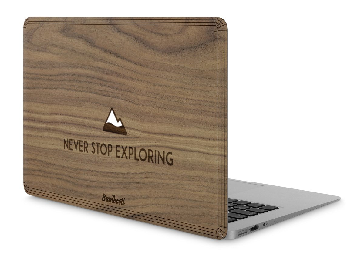 "MacBook Pro 15"" Retina Wood Cover Walnut Never Stop Exploring"
