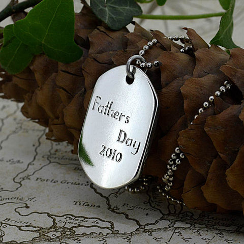 Engraved names, initial and personal messages for fingerprint jewellery