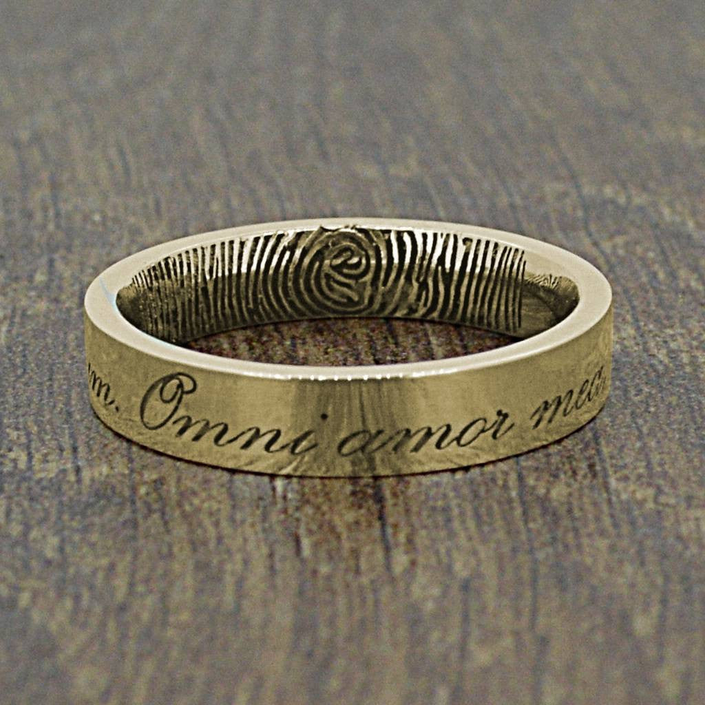 The Latin Inscription Fingerprint Ring 4mm