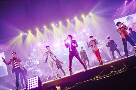 SHINee reveals NEW song, PRISM, composed by Jonghyun at concert