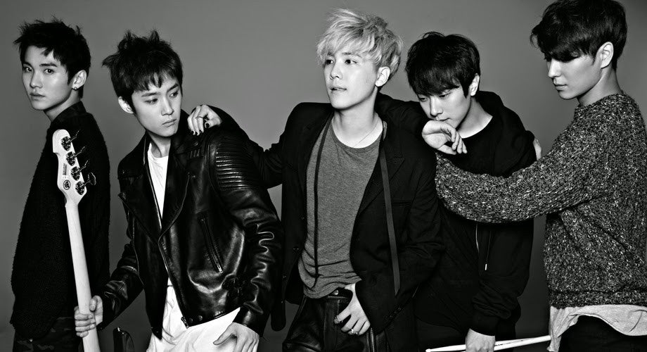 FT Island - Take Me Now LIVE drinking Soju (Korean Alcohol)