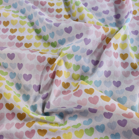 FS886 Pastel Rainbow Hearts Polycotton