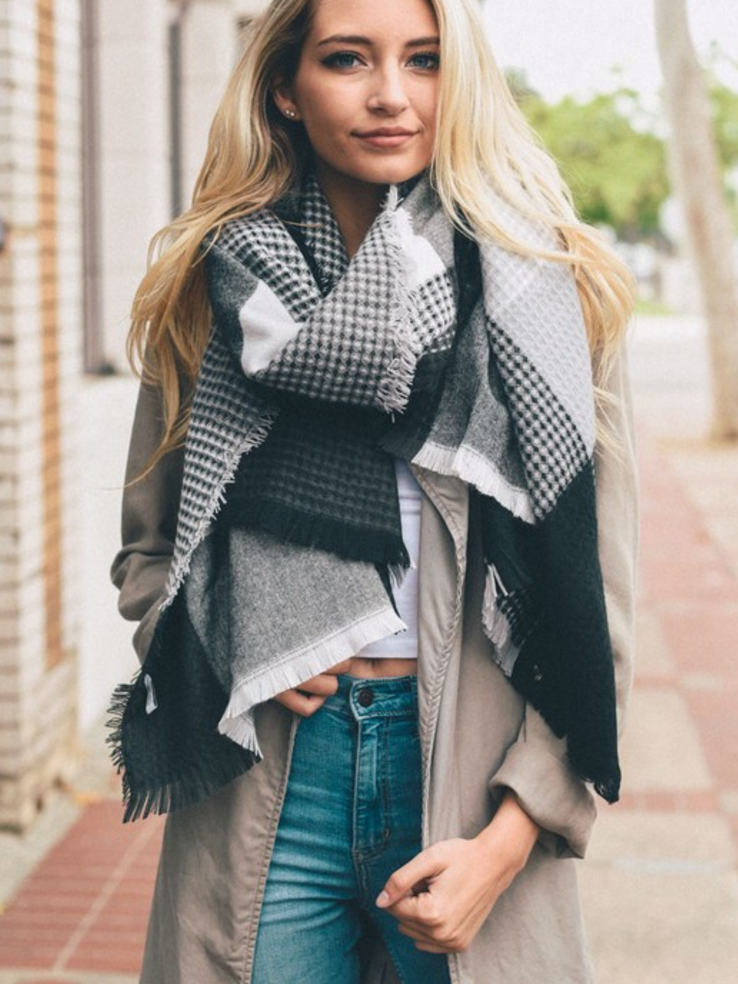 Black & Gray Plaid Waffle Style Knit Blanket Scarf
