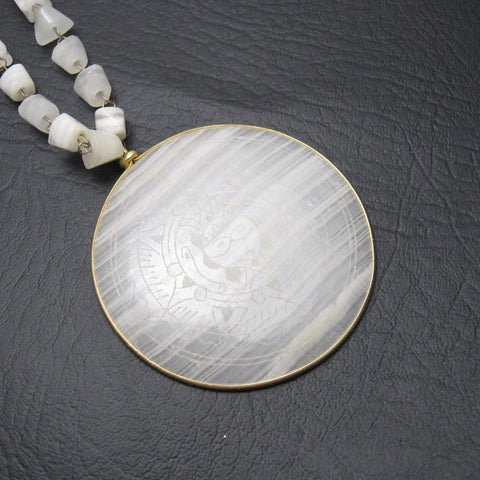 Vintage White Agate Mexican Souvenir Necklace 1