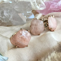 Peach Morganite Ring by Giardinoblu Healing Jewelry