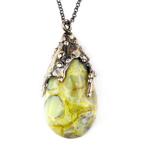 Green Opal (Pistachio) Necklace - Healing Jewelry by Giardinoblu