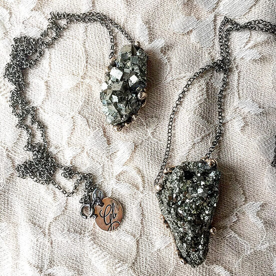 Pyrite healing necklace to overcome procrastination and get an energy boost