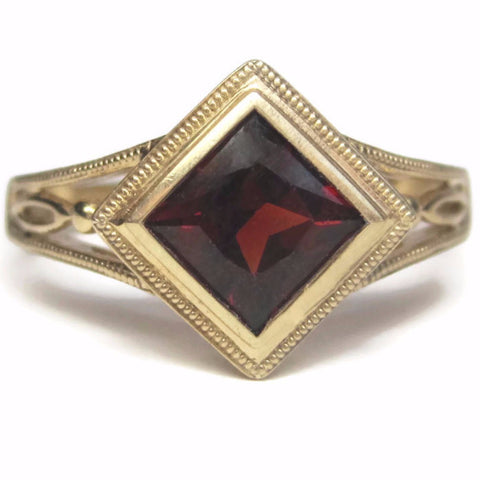 10K Yellow Gold 2 Carat Princess Cut Garnet Ring Size 7 - Bejeweled Emporium - 1