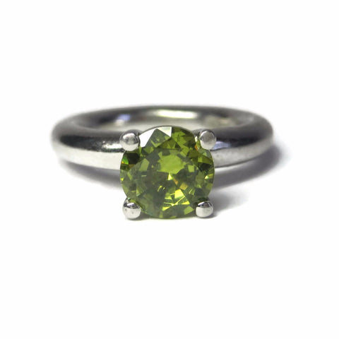 Chunky Vintage Sterling 1.5 Carat Round Peridot Solitaire Ring Size 6 - Bejeweled Emporium - 1