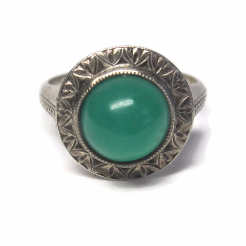 Antique Green Onyx Ring Size 5.5 Etched Japanese Sterling Cabochon - Bejeweled Emporium - 1