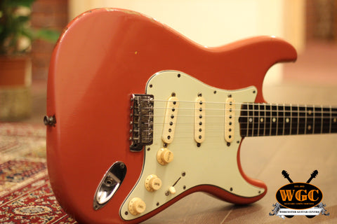 1962 Fender Stratocaster Electric Guitar Fiesta Red