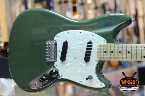 Fender Offset Mustang Olive Green Pre-Used *MINT*