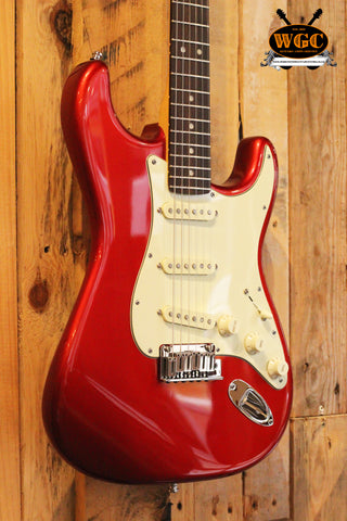 Fender 2013 American Deluxe Candy Apple Red Stratocaster *Mint* (Pre-Owned)