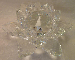 Large Crystal Lotus with 50mm Crystal Ball