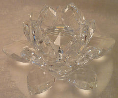 Small Crystal Lotus with 30mm Crystal Ball