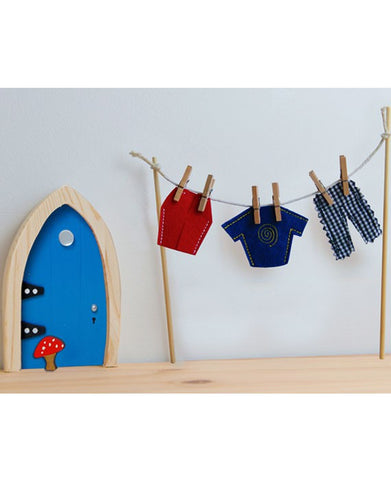 Irish Fairy Door Clothes Line & Male Fairy Clothes - Irish Fairy Door Company - Jules Enchanting Gifts - 1
