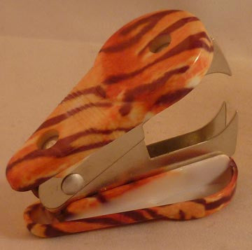 Pretty Tools Staple Remover - Tiger - Fig Design - Jules Enchanting Gifts