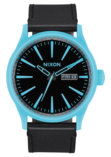 The Sentry Leather Cyan/Black