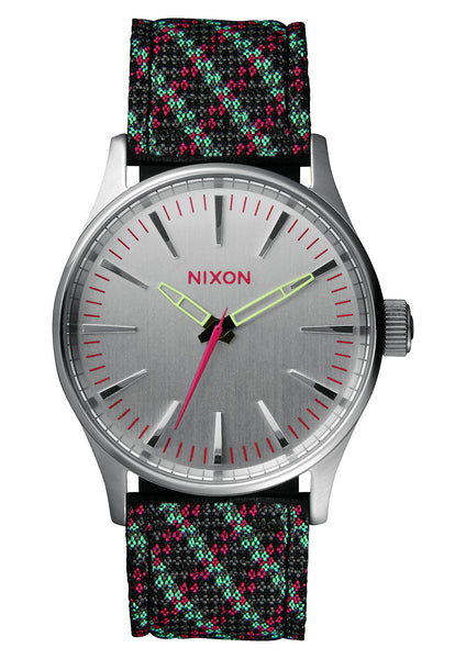 Nixon Sentry Leather 38 Silver/Pink/ LT Blue Woven