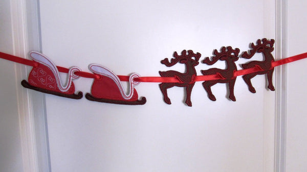Christmas deer banners and Santa Sleigh in the hoop