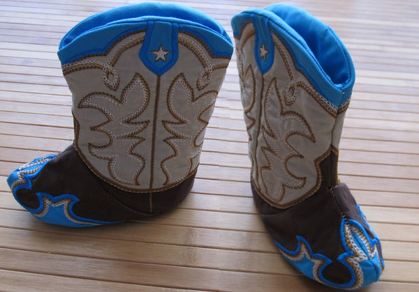 New ultimate designed Stitched Baby Cowboy boots - In the hoop project