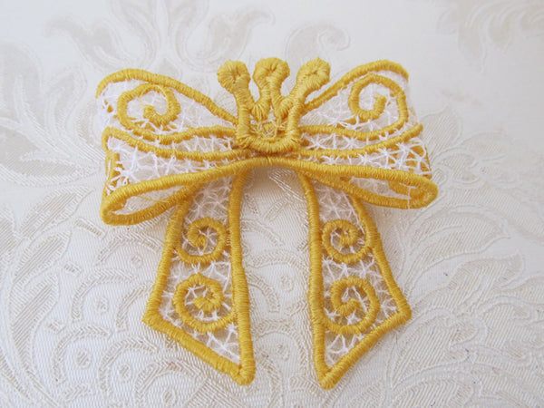 Cinderella Bow FSL, Freestanding lace embroidery