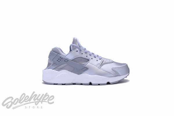 NIKE WOMENS AIR HUARACHE RUN SE METALLIC MATTE SILVER 859429 002