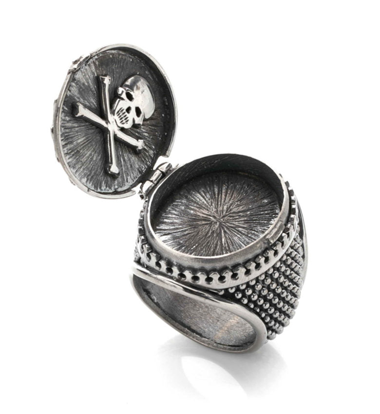 """COBRA AND ANCHOR"" POISON RING"
