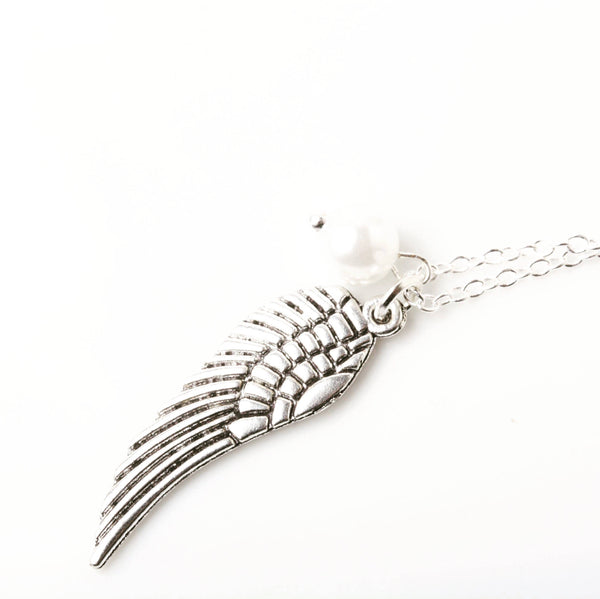Plume d'ange, aile d'ange, collier angelique, collier ailes d'ange, angel necklace - Petit Luxe Boutique