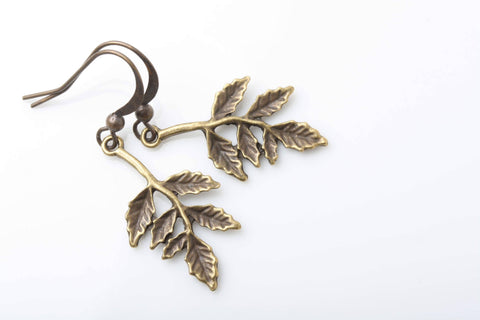 Boucles d'oreilles feuilles de vigne brass laiton, leaves earrings