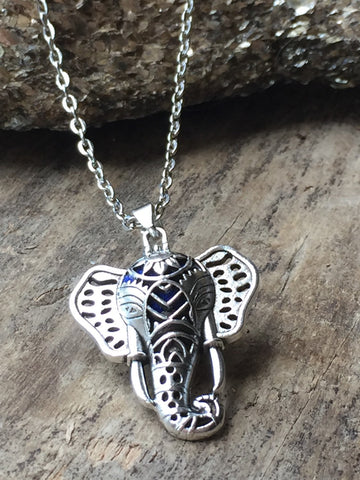 Breloque elephant charm necklace diffuseur - Petit Luxe Boutique