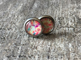 Chip stud earrings on abstract stem - Petit Luxe Shop
