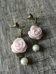 Delicate rose on white pearl - Petit Luxe Shop