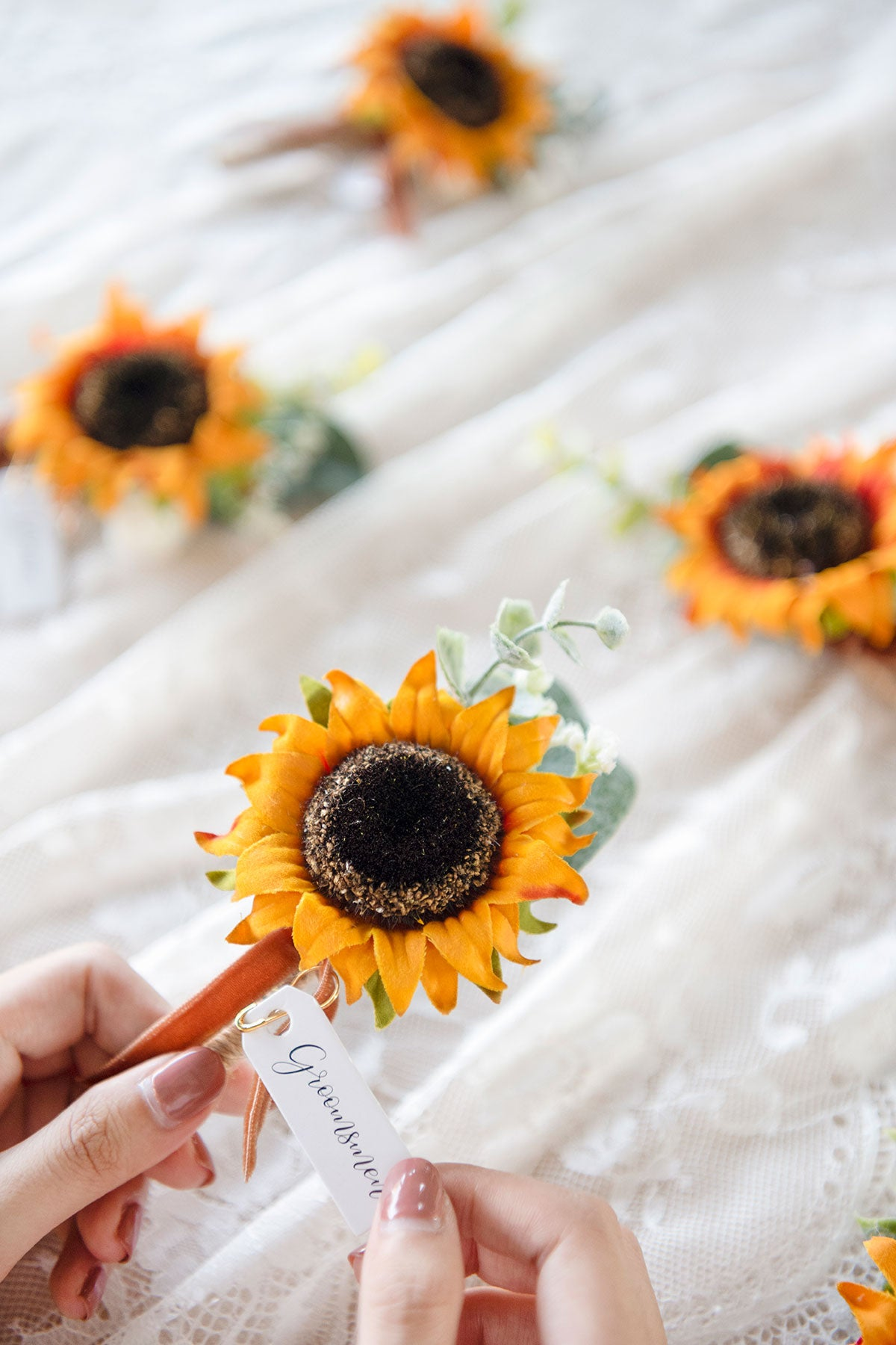 Wedding Boutonnieres (Set of 6) - Sunflower