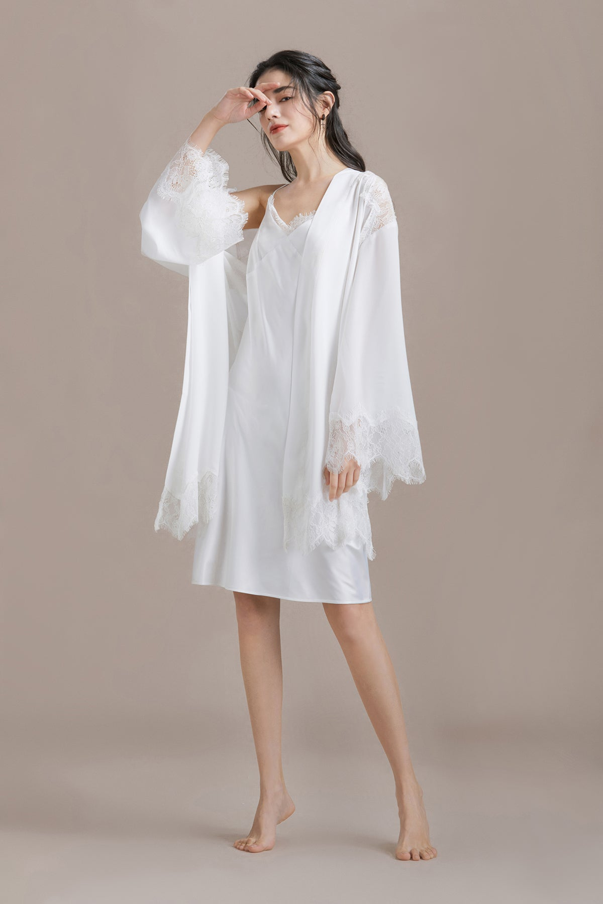 Lace Trim Long Sleeve Satin Robe
