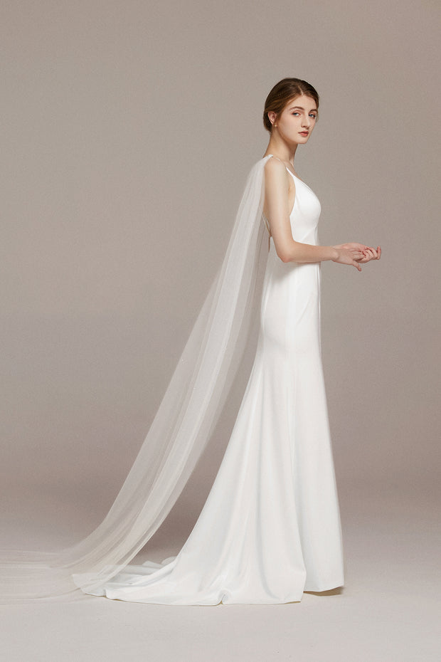 Elegant Cathedral Cape Veil with Pearls Shoulder