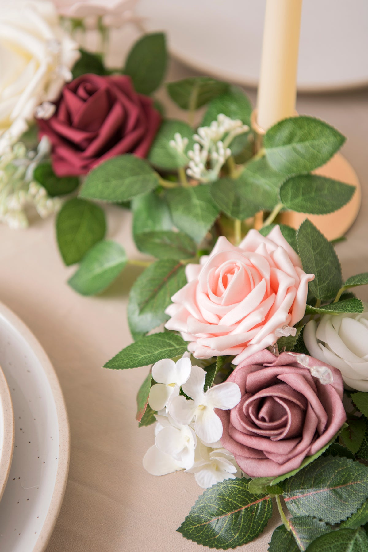 Handcrafted Fluffy Rose Vine Garland - Ling's moment
