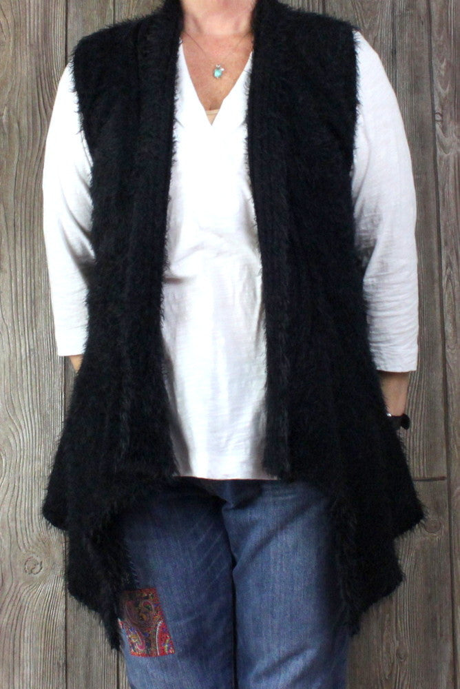 Adorable SoHo Chick M size Sweater Vest Black Fuzzy Rose Crochet Accent Open Front Boho - Jamies Closet - 1