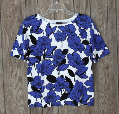 Nice Talbots Blue Black White Floral Short Sleeve Sweater M size