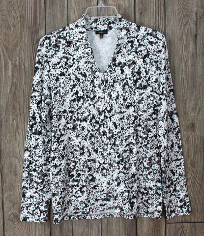 Talbots Stretch Blouse M size Black Gray White Floral Career Casual & Stretch