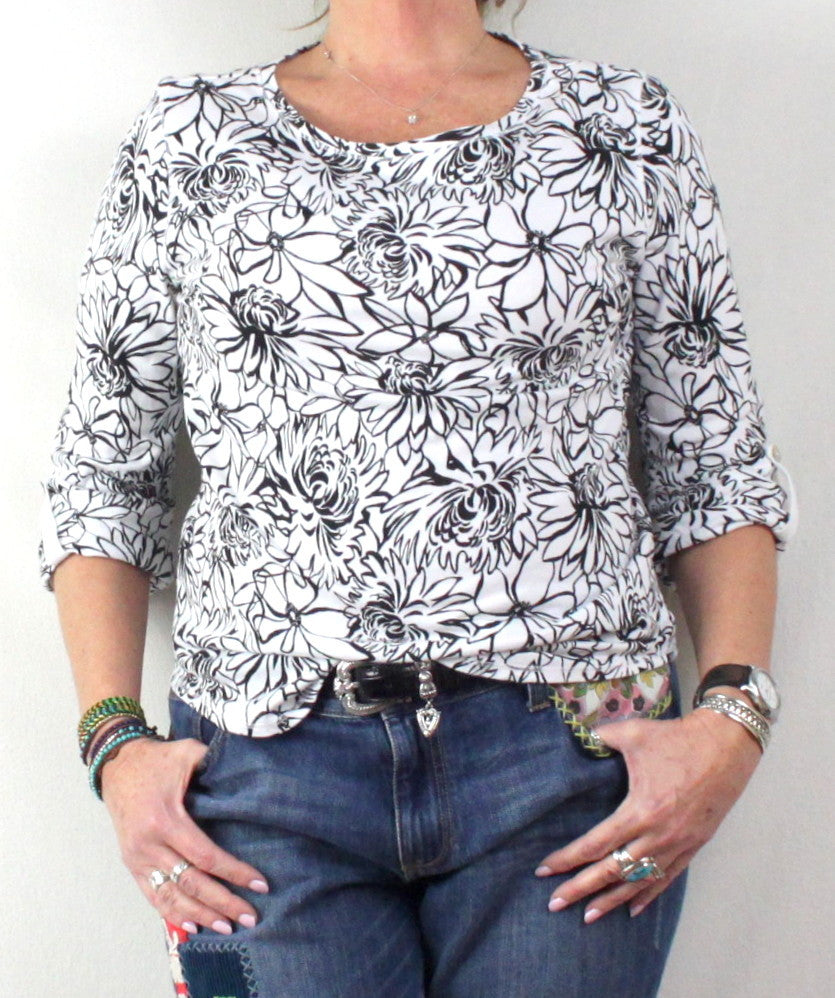 Pretty Black and White Floral Top by Hot Cotton USA made and nice quality - Jamies Closet - 1