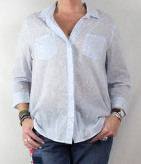 Nice KC Khakis & Co M size New Blue Gray White Blouse Thin Lightweight Shirt - Jamies Closet - 1